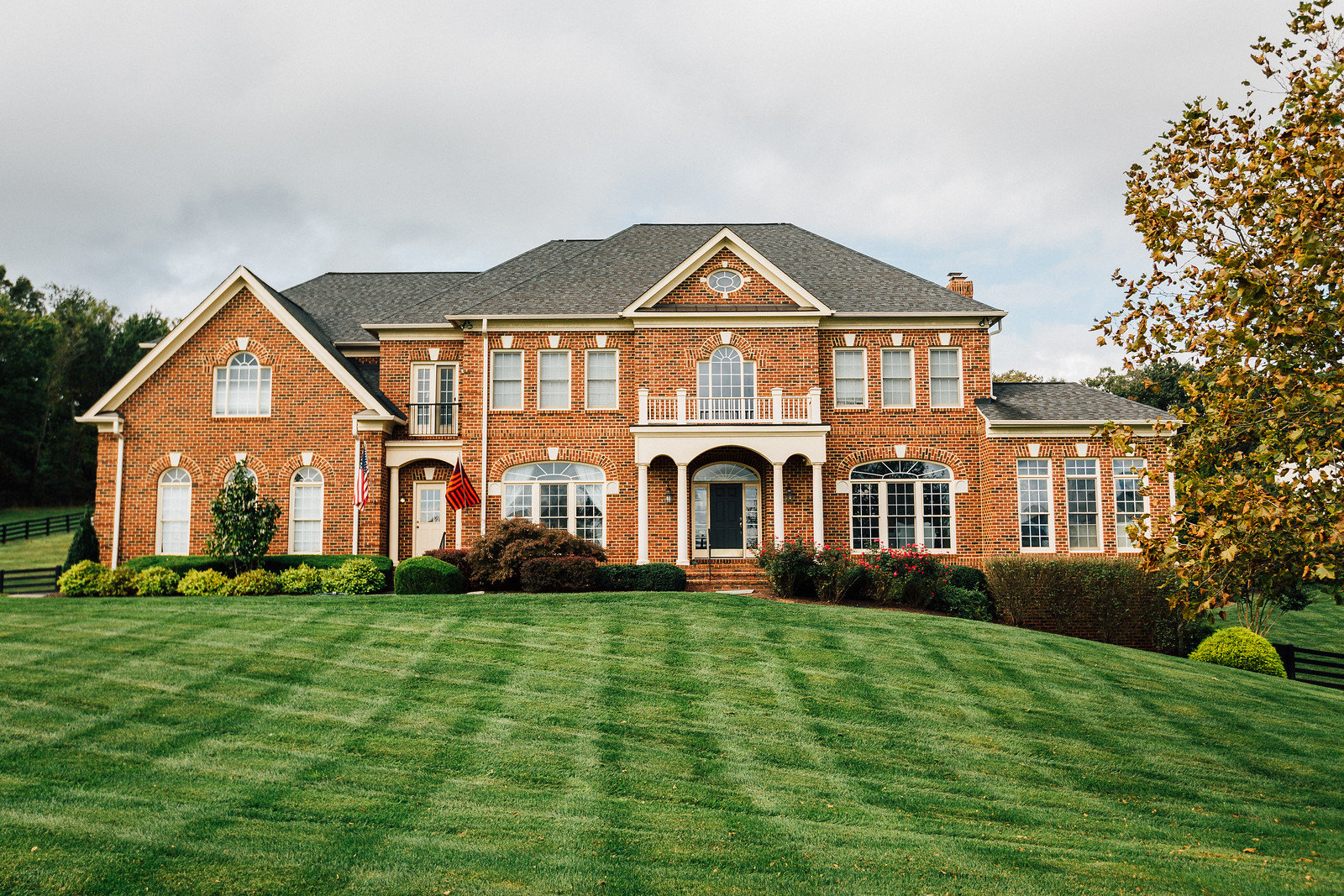 Front Lawn Northern Virginia Landscaping
