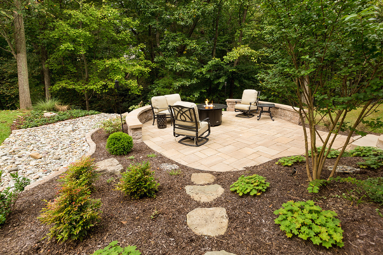 custom patio design with fire pit leesburg